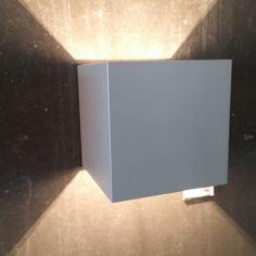 Mynd af Kubbur 10x10 Ál